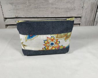 Cosmetic Jean fabric and recycled colorful