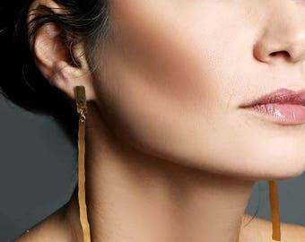 Bridal earrings, bridal jewelry, bridesmaid earrings, long gold earrings, gold bar earrings, long post earrings, boho earrings, Eg1515