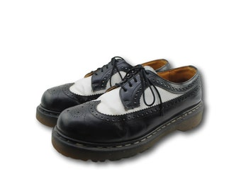 Vintage Doc DR. MARTENS 3989 Black & White Wingtip Brogues Shoes uk 9 / US 10