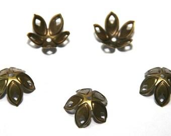 15 PCs.  bead caps / 18mm / antique bronze tone  PK032
