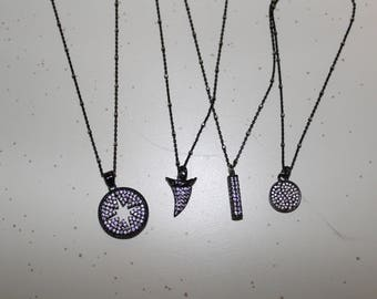 Dainty Chain Necklace with Pendant