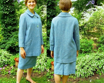 Vintage 1950's Aqua Blue and Cream Tweed Suit, Modern Size 8, Small