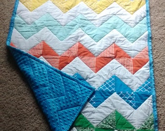 Chevron Baby Quilt - Baby Quilt - Crib Size - Handmade - Gender Neutral - Baby Shower Gift