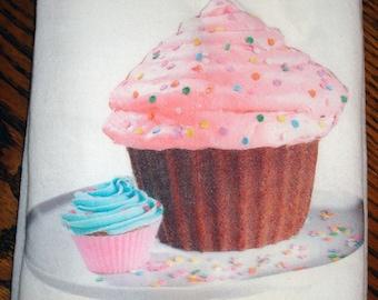 Flour Sack Kitchen Towel (Cupcake)