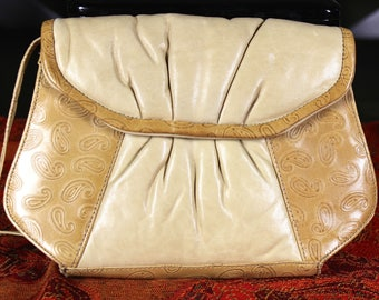 Benelli & Me Beige Shoulder Bag Cross body Purse Handbag 1970's