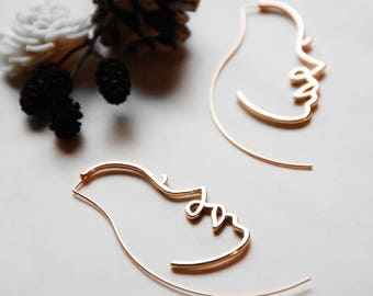 Minimal Hollow Face Hoop Earring, Abstract Style, Unique Women Profile Earrings, in Gold and Silver, Picasso Style artsy Statement Earrings