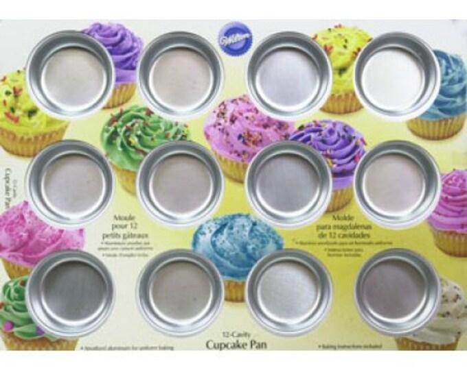 Wilton 12-Cavity Cupcake Pan