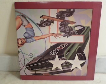 Vintage 1984 LP Record The Cars Heartbeat City Excellent Condition 15900