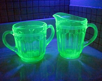 Creamer and Sugar Colonial Knife and Fork Pattern / Vaseline Uranium Glass Creamer and Sugar 1934-1936