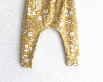 Gold floral baby leggings, floral baby pants, organic baby clothes, toddler boy pants, toddler girl pants, floral baby trousers, floral