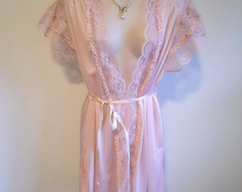 Vintage Pink Lacy Peignoir Negligee ~ 1980's Dominique Pink Nylon Peignoir ~ Lavish Lace  Pink Peignoir ~ Short Pink Peignoir