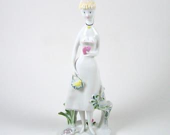 Vintage Rosenthal Figurine Girl with Heart Raymond Peynet 1955-1965