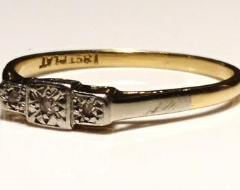 Stunning Art Deco 18ct gold, platinum and diamond ring, 18ct gold vintage Art Deco engagement ring