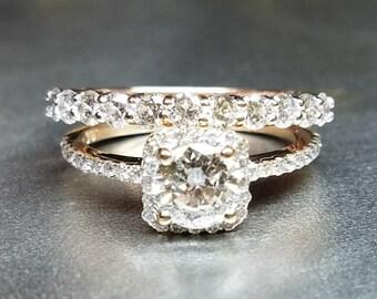 Diamond wedding set in rose gold.