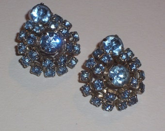 Vintage Earrings with Blue Rhinestones - Clip Ons
