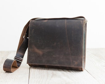 Postman bag L  high quality leather bag   Business Bag  handmade in Germany Crossbodybag from real italian leather