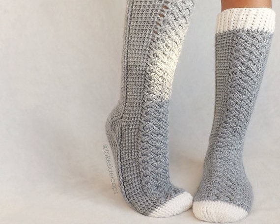Crochet Pattern - Parker Cable Socks by Lakeside Loops (includes 11 ...