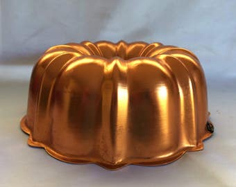 Anodized Aluminum Copper Bundt Cake Pan