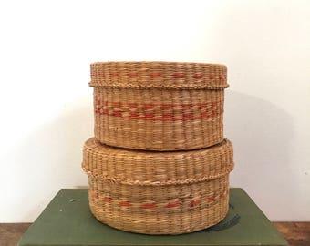 Vintage woven Sweet Grass lidded basket set of 2, 1970s sweet grass basket set