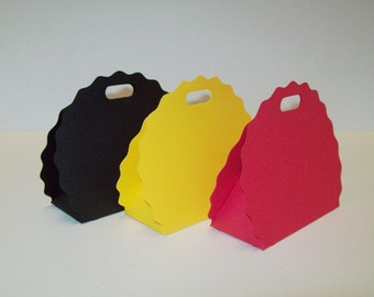 Party Favor Boxes/Scalloped Purse/ Party Supplies/Happy Birthday/Set of 12