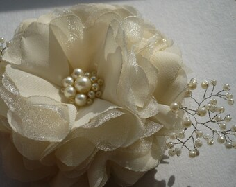Ivory/white hair clip Ivory/white hair comb Flower hair clip Flower hair comb Bridal hair accessories