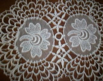 1-1910s antique net and venise lace applique ivory