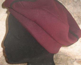 adult Burgundy braid berret black