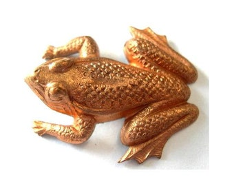 Frog vintage metal stamping animals made of copper 33mm