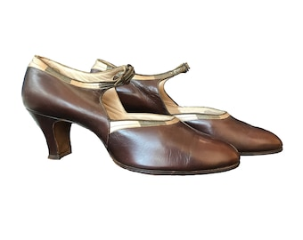 1920s Chestnut Leather Shoes