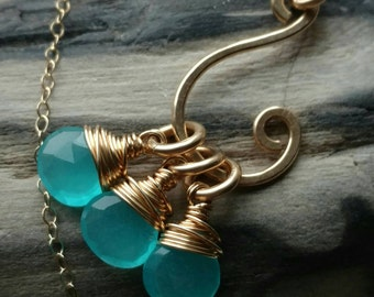 Hammered 14k yellow gold filled swirl necklace with wire wrapped baby blue quartz briolettes - Handmade gemstone jewelry