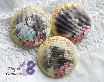 3 fabric buttons,  retro girl, 0.94 in / 24 mm