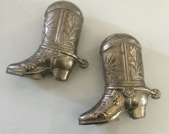 Cast white metal chrome  plated cowboy boots salt and pepper shakers ! Fun pieces