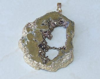 Gold  Titanium Druzy Pendant. Geode Pendant, Agate Druzy Pendant. Gold Plated Edge - 50mm x 55mm - 8898