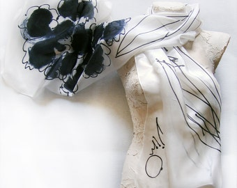 Elegant Hand painted silk scarf Daisies bouquet/ Black and White silk scarf painted/ Long floral scarf/ Summer scarves/ Silk painting Dimo