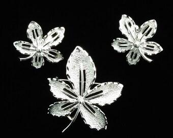 Vintage SARAH COVENTRY Silver Leaf  Brooch and Clip On Earrings Set - Vintage Silver Sarah Coventry Set SALE!