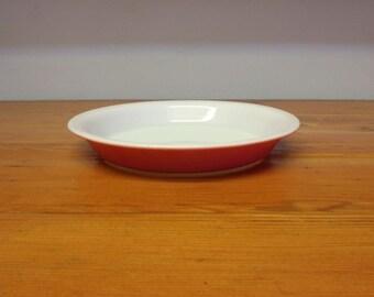 Vintage Pyrex flamingo pink 8 1/2 inch pie plate & Vintage Pyrex deep dish pie plate clear fluted glass L32