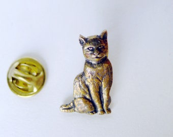 Metal Cat Pin, Brass Cat, Sitting Up Pet, Detailed Animal Jewelry, Small Animal Brooch, Stamped Metal Pet, Cat Lover Gift, Sitting Pretty