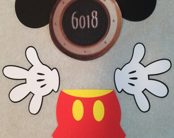 Mickey Mouse with sailor hat laminated magnet set for stateroom cruise door