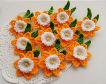 Crochet Appliques Daffodil Flowers - Crochet Daffodil Brooches - Set of 10 - Made to Order