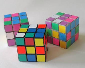 1 Set of 3  Vintage 80s Rubiks Cubes Puzzle Challenge Game, RARE PASTEL Rubiks Cube Retro Collectible Toy Brain Game Nerd Geek Birthday GIFT