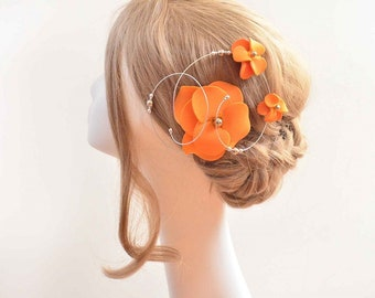 Orange fascinator Orange hair flower Flower hair clip Modern hair piece Unique fascinator Bridal fascinator Bridesmaids hair flower