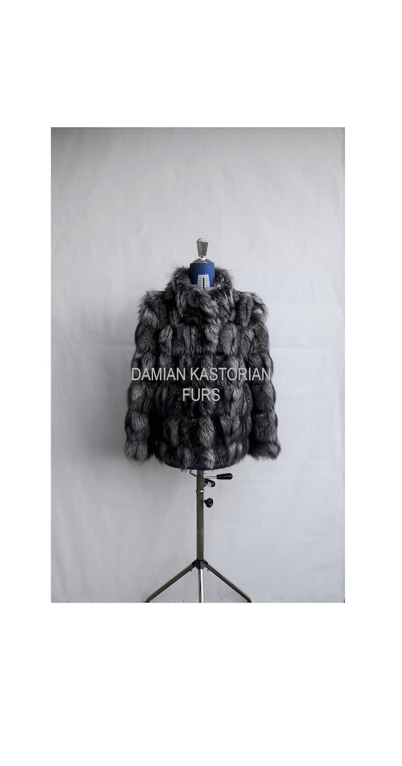 BRAND NEW!!! SILVER fOX fUR jacket with collar