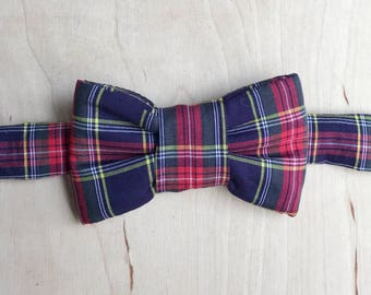 Holiday Plaid Bow Tie For Cats - Blue Plaid