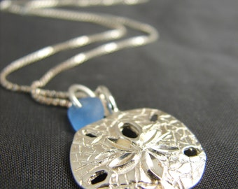 Sea Glass Necklace /  sand dollar neckace  /  sea glass jewelry / seaglass pendant /  beach glass necklace / sand dollar jewelry / blue