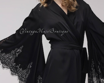 Beautiful satin robe wth lace 'Model 5'