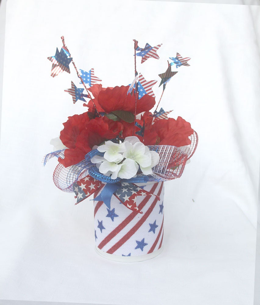 Patriotic floral arrangement july 4th centerpiece summer zoom mightylinksfo