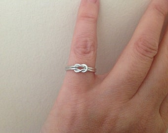 Sterling silver dainty Love Knot ring