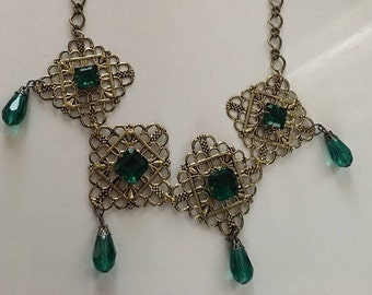 Necklace Medieval Renaissance Fantasy Emerald Green and Gold