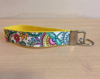White with multi-colour flowers key ring wristlet - key fob wristlet - key ring - flower key fob