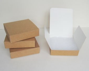 10 square flat packed kraft card gift boxes with hinged lid and wadding - 100x100mm
